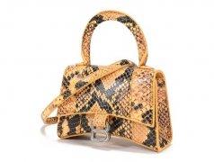 哪里回收奢侈品包包,沙漏包的细节设计!